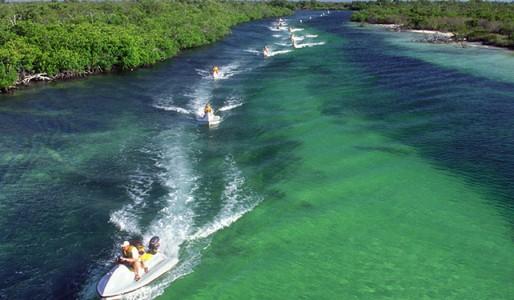 Cancun Water Activities